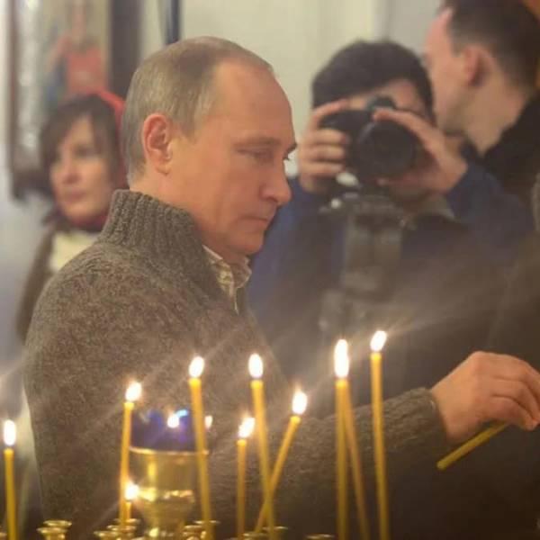 Путин иска Бог да бъде споменат в  Конституцията на Русия, забрани гей браковете
