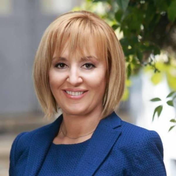 Мая Манолова:Не съм се молила на Борисов, но той ме молеше да не играя за кмет