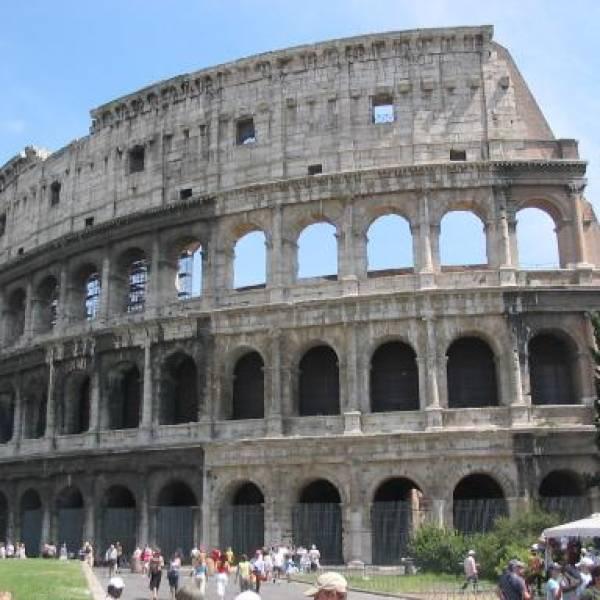 Римският Колизеум отваря врати